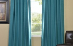 Beautiful blue drapes like these can be perfect for your formal living room.
