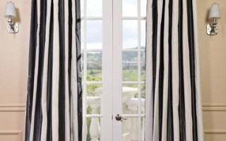 Black and white is always a classic color combination both in the home and on the red carpet.